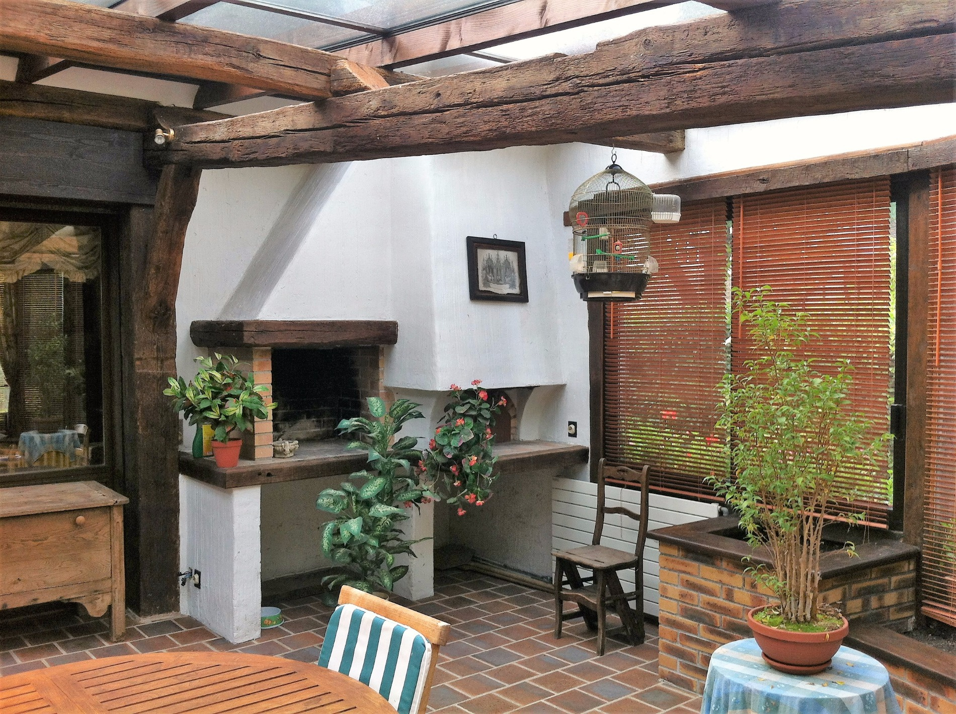 Propriete sur s sol total avec jardin paysage et studio ind for Garage ad meaux